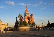 Велика страна Россия, в ней Москва всего красивей.