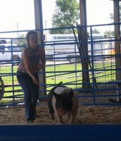 Nikole Hagan exhibited her market hogs at the Centralia fair 7/9/16.