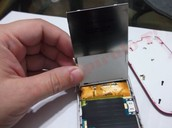 Su LCD durante el arreglo