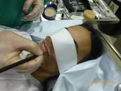 prácticas en la sala de tanatoestética.