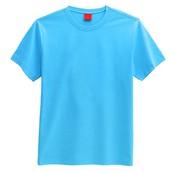 Una camisa azul clara