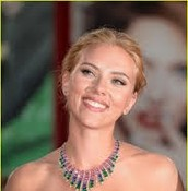 Scarlett Johansson   as Vienna