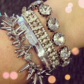 "Create an ""Arm Party"""