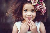 E se fosse possível apoiar as crianças de uma forma gentil e suave, para que possam desabrochar cada vez mais para essência de quem são de verdade?