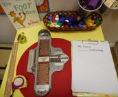The foot book, measuring!