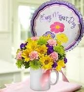 Small Coffee Mug arrangement with baloon