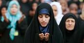 Islamic People Praying