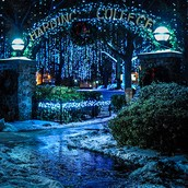 HU Holiday Lighting and Hot Cocoa