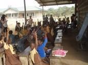 Escuela dirigida por una organizacion de caridad