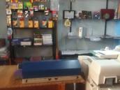 ¡Ésta es nuestra mini librería!