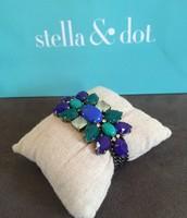 Peacock Bracelet - $20