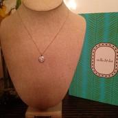 Etoile Pendant Necklace