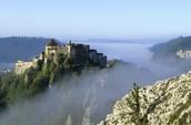 Il est un château à la Franche-Comté.