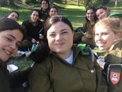 וקצת מהפיקניק של בנות מחוז ירושלים החדשות