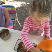 Moizelle measuring almonds and dates