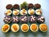 Enjoy our themed cupcakes!