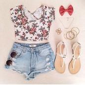 2. Floral pattern
