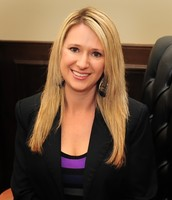 Richelle Diaz, Managing Escrow/Closing Officer
