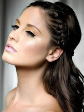 Look of your hair Movements regarding Tresses