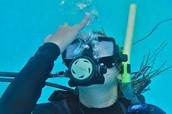 clearing your snorkel and mask