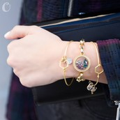 Look Dainty in Bangles