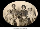 soldiers with his family