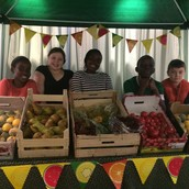 The kids in the fruit stand