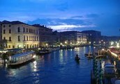 Plan your next vacation at Venice