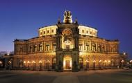 Bezoek de opera!