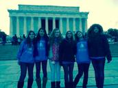 Yo leí los muros en el Lincoln Monumento